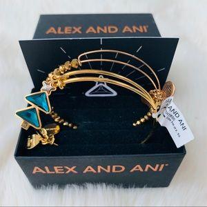 NWT Alex and Ani Christmas Tree Boxed Bracelet Set